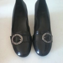 Фирменные туфли Holg