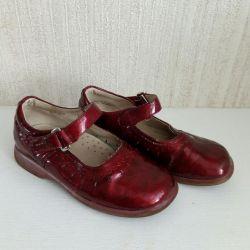 Shoes p. 27