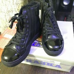 Winter boots 34size