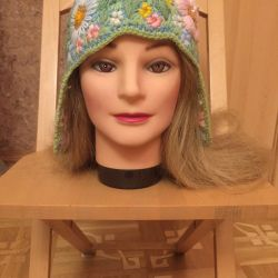 Tricotat pălărie-capac