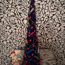 Dekoratif bir köknar ağacı satarım!