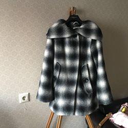 Coat 30% wool
