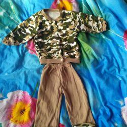Koruyucu renk takım elbise