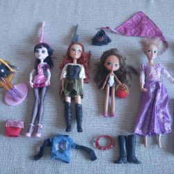 A set of dolls, draculaur and other