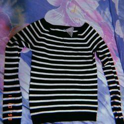 Striped blouse ?