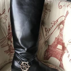 Boots Guess p. 35