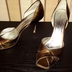 Shoes of bronze color Carlo Pazolini. 39 size.