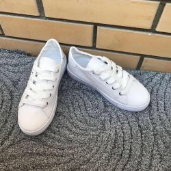 New White Sneakers 35