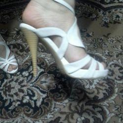 Wimen's shoes