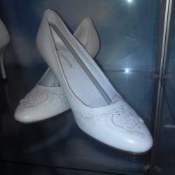 Satılık düğün ayakkabıları