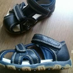 Children's sandals. Leather