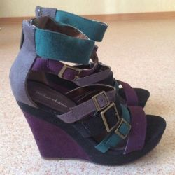 Sandals new r. 37.5