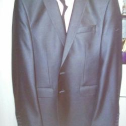 I will sell a suit + gift shirt