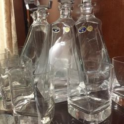 New set of decanter and glasses Italy