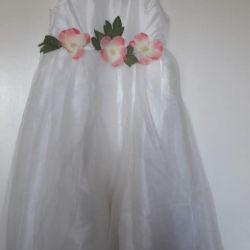 Φόρεμα για την κοπέλα, ανάπτυξη146.