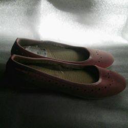 Shoes 39 p.