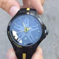 Часы Scuderia ferrari