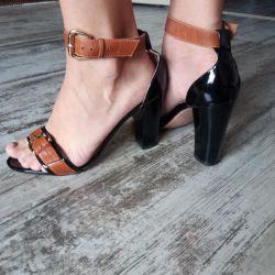 Sandalet deri. 38 rr