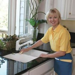 Cleaning of apartments, offices. Sink of kitchen, windows.