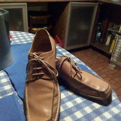 Великолепные бежевые ботинки-мокасины