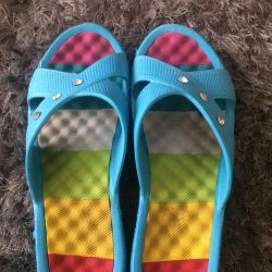 Slippers almost new 38-39r-p