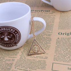 Deathly Hallows. Pendant with chain.