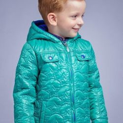 The jacket is insulated for spring. New