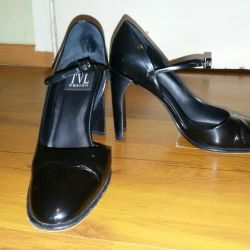 Leather shoes 38