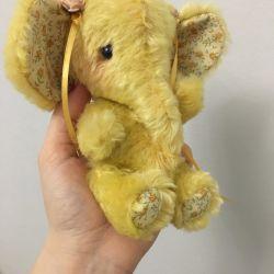 Elephant vintage pe balamale