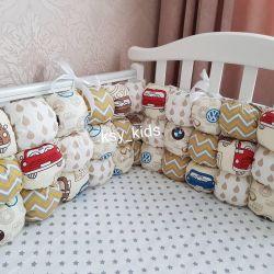 Бортики бомбон для кроватки