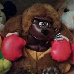 Нова м'яка іграшка - мавпа - боксeр