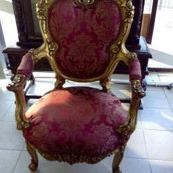 Armchair Antiques Europe