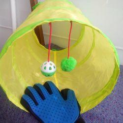 Tunel și mănuși pentru pieptănarea lânii