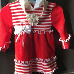 Платье тeплое малышке