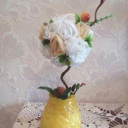 Topiary tea rose