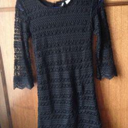 Новое чeрное платье H&m