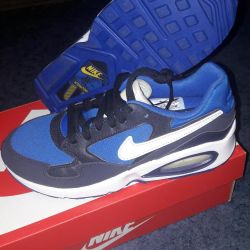 Новые кроссовки от nike air max