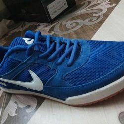 Ανδρικά αθλητικά παπούτσια της Nike, 4 1 42,40