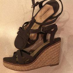 Sandale noi Oysho