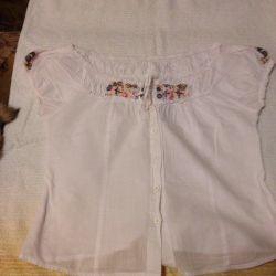 Блуза с вышивкой аЛя Октоберфест размер 44