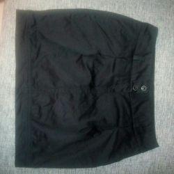 Μαύρη φούστα