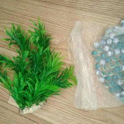 Plante artificiale, pietre în acvariu