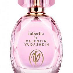 Parfum de apă de Valentin Yudashkin Rose