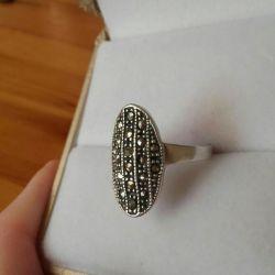 серебряное кольцо марказит