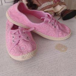 Летние туфли для девочки