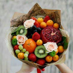 Букеты из фруктов, орехов и конфет