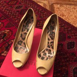1000 r shoes