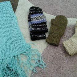 Κάλτσες γάντια