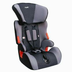 Νέο παιδικό κάθισμα αυτοκινήτου.