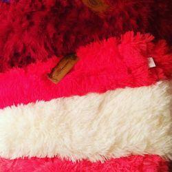 Chic fluffy soft blankets